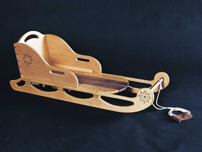 Old-fashioned all wood sled